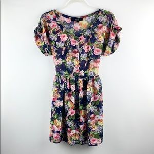 FOREVER 21 | Floral Print Rolled Sleeve Mini Dress
